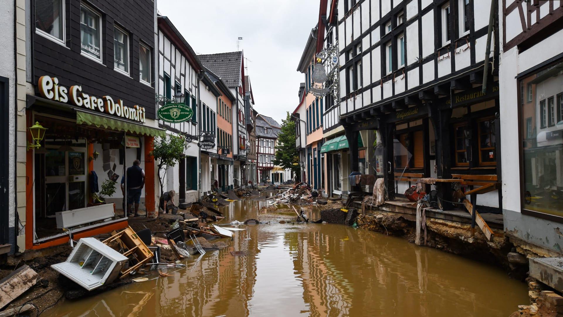 اتحادات كرة القدم الألمانية تتعهد بتقديم 3.5 مليون دولار لمساعدة ضحايا الفيضانات
