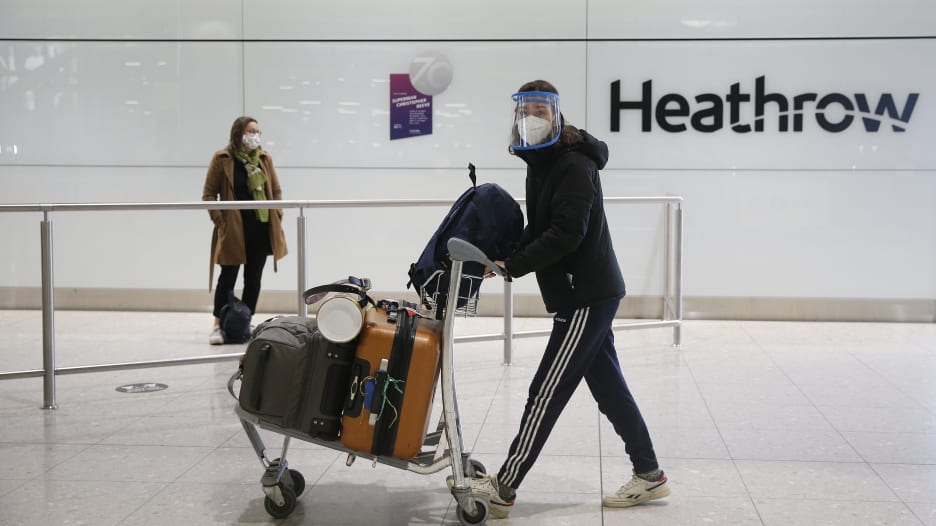المملكة المتحدة تسمح بدخول الملقحين من أمريكا وأوروبا دون حجر صحي