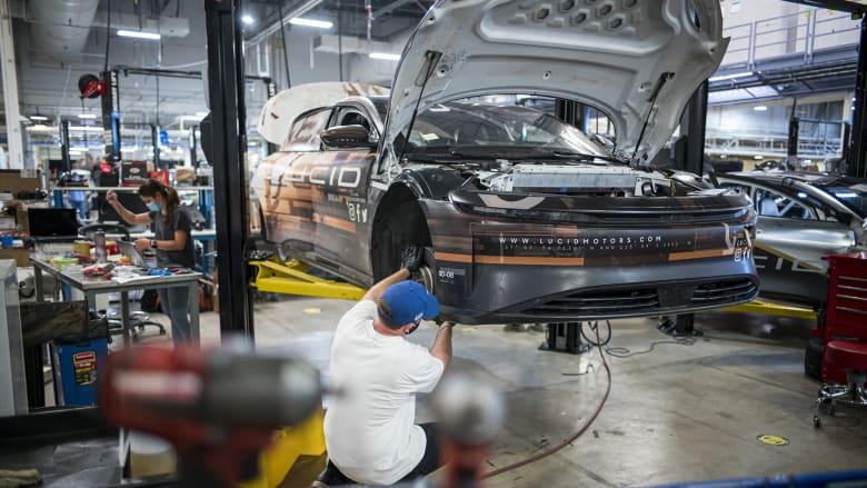 """""""لوسيد"""" للسيارات الكهربائية تندمج مع CCIV وتجمع أكثر من 4 مليار دولار"""