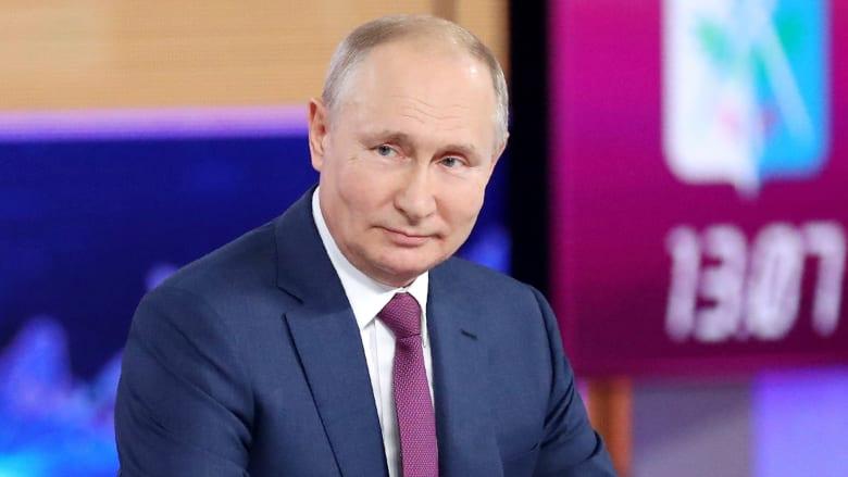 """بوتين يقول إنه تلقى لقاح """"سبوتنيك"""""""