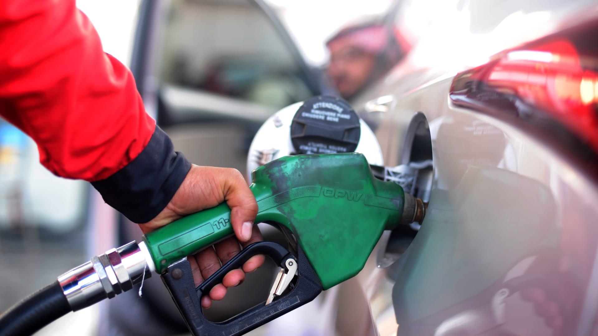 في السعودية.. أرامكو تراجع أسعار البنزين الجديدة لشهر مارس