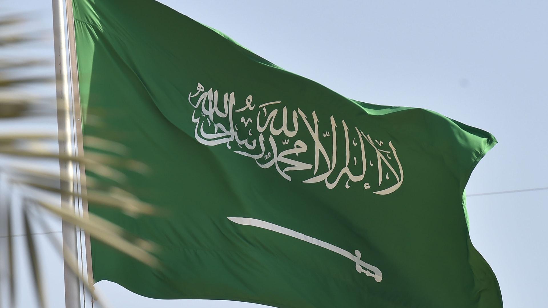 """""""كبل سعودياً وخنقه"""".. تنفيذ حكم """"القتل قصاصاً"""" على سوداني في الطائف بأمر ملكي"""