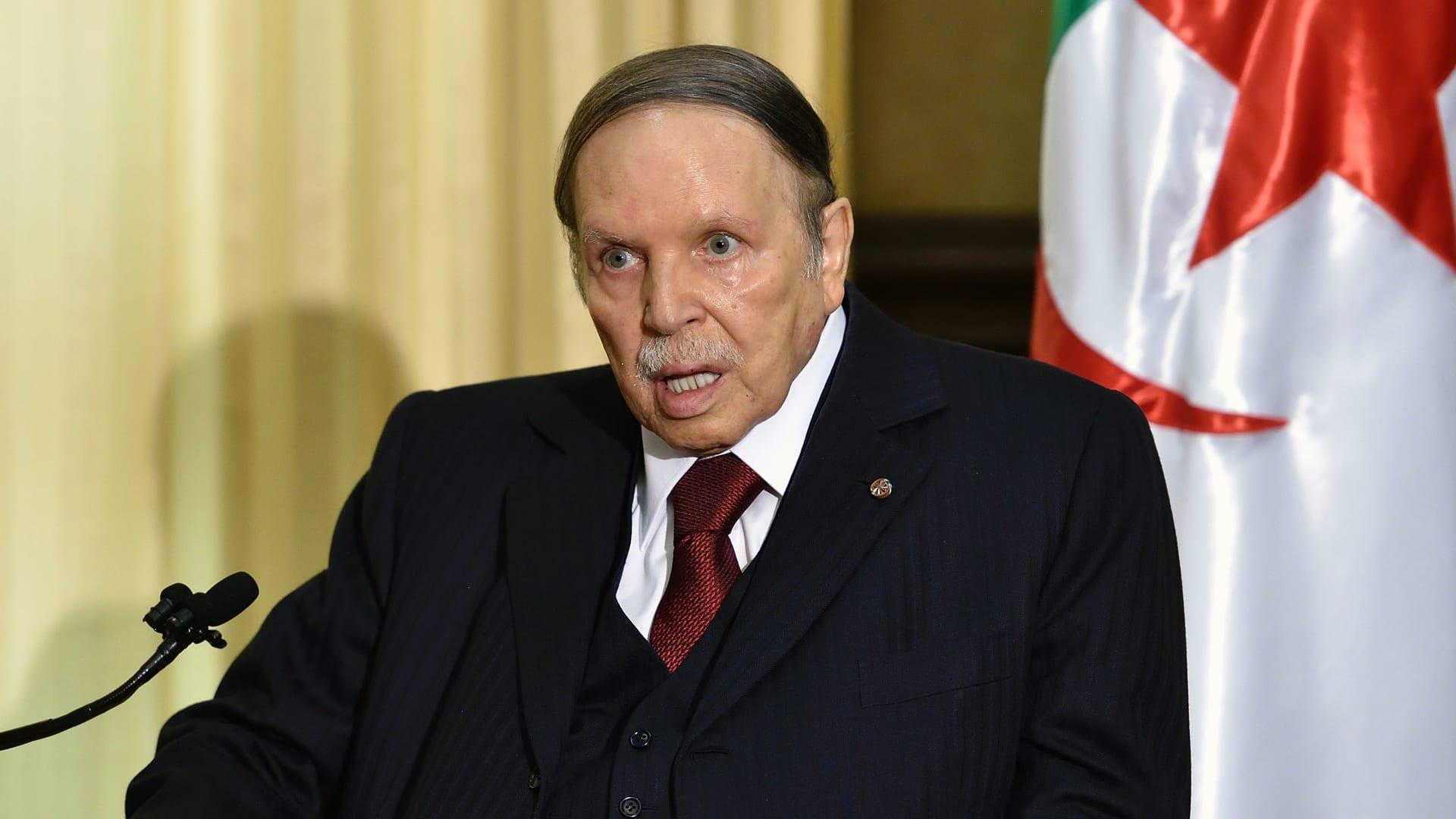 الرئاسة الجزائرية: وفاة عبدالعزيز بوتفليقة عن عمر يناهز 84 عاما