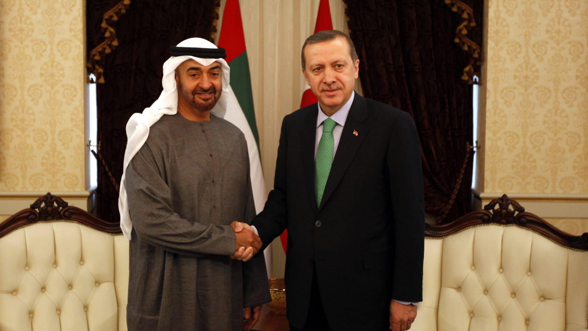 بعد أيام من زيارة طحنون بن زايد إلى تركيا.. اتصال هاتفي بين ولي عهد أبوظبي وأردوغان