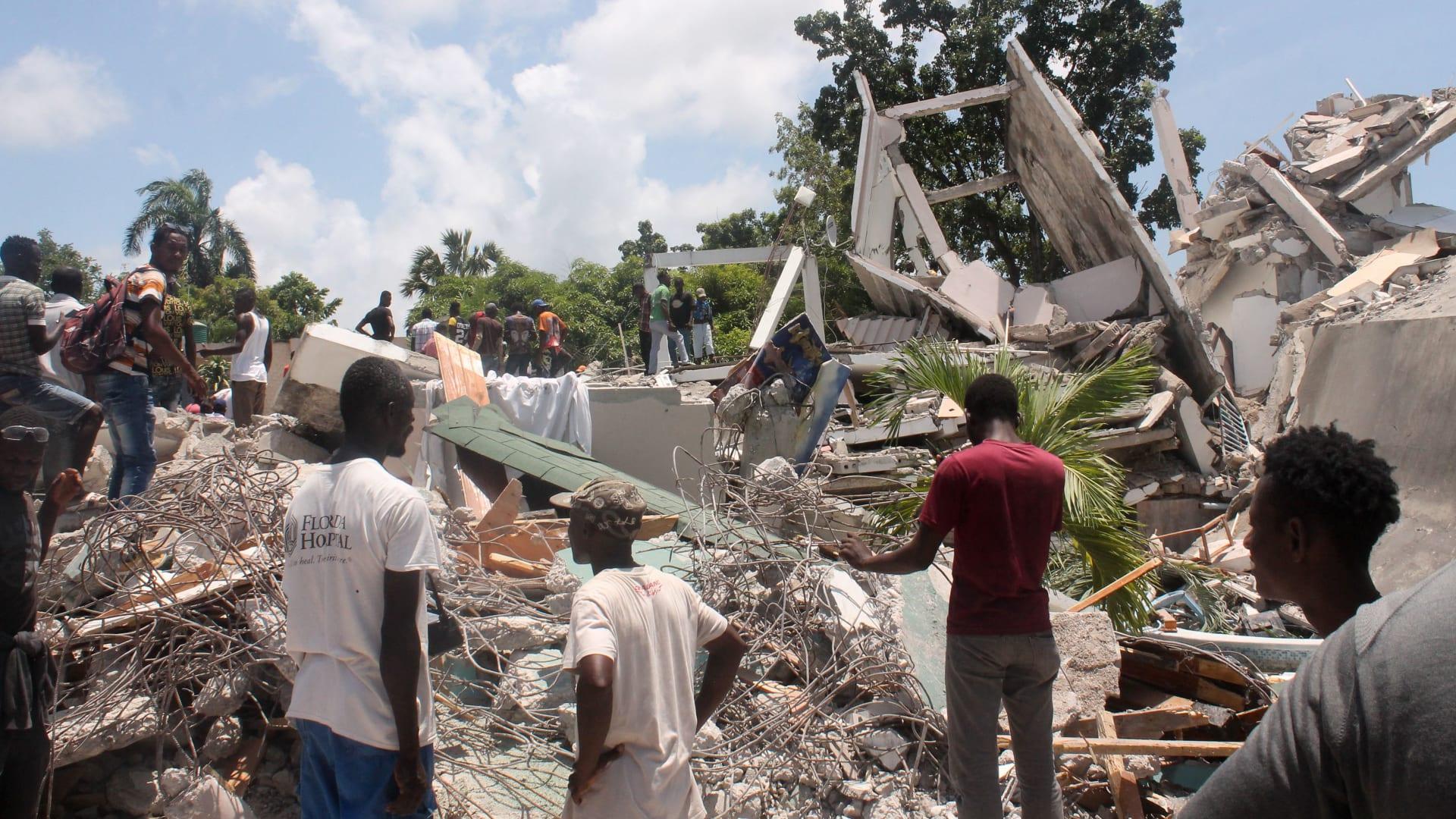 مقتل 300 على الأقل في زلزال بقوة 7.2 بهايتي.. ما آخر المستجدات؟