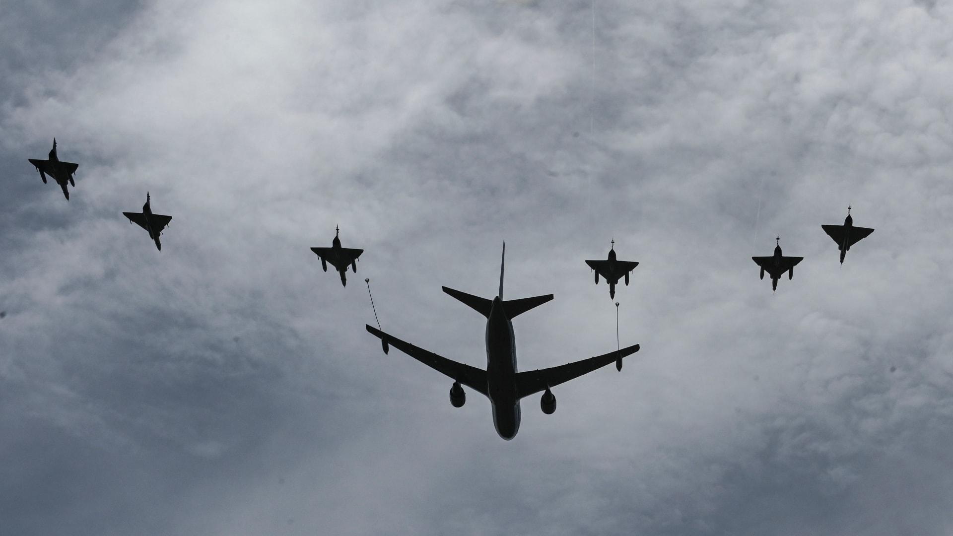 """طائرات من قطر والسعودية وإسرائيل ترافق قاذفات القنابل B52 في مهمة لـ""""ردع لإيران"""""""