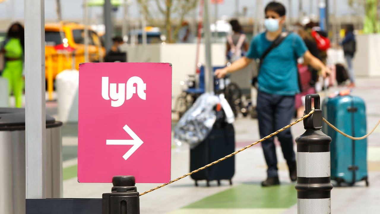 """تويوتا تستحوذ على قسم القيادة الذاتية في """"ليفت"""" مقابل 550 مليون دولار"""