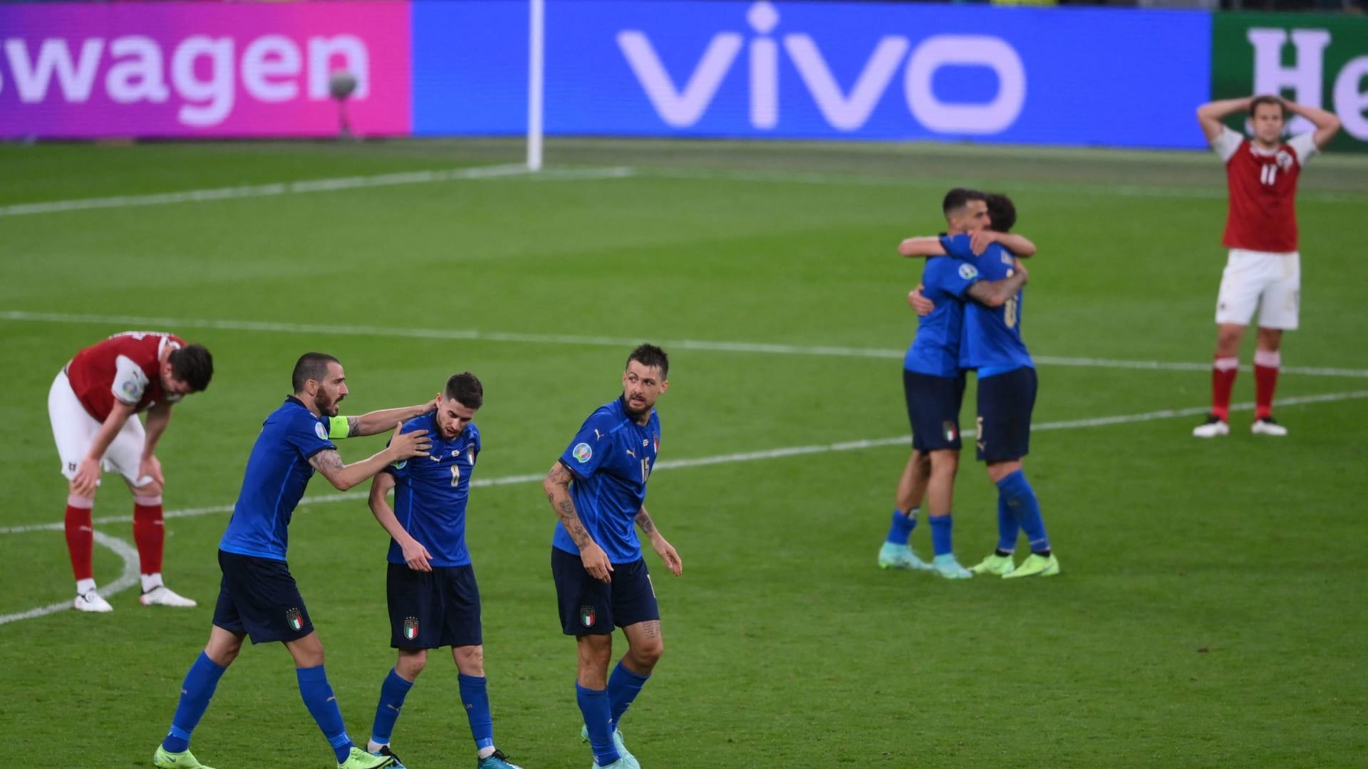 إيطاليا تقلق مشجعيها.. والنمسا تكسب القلوب