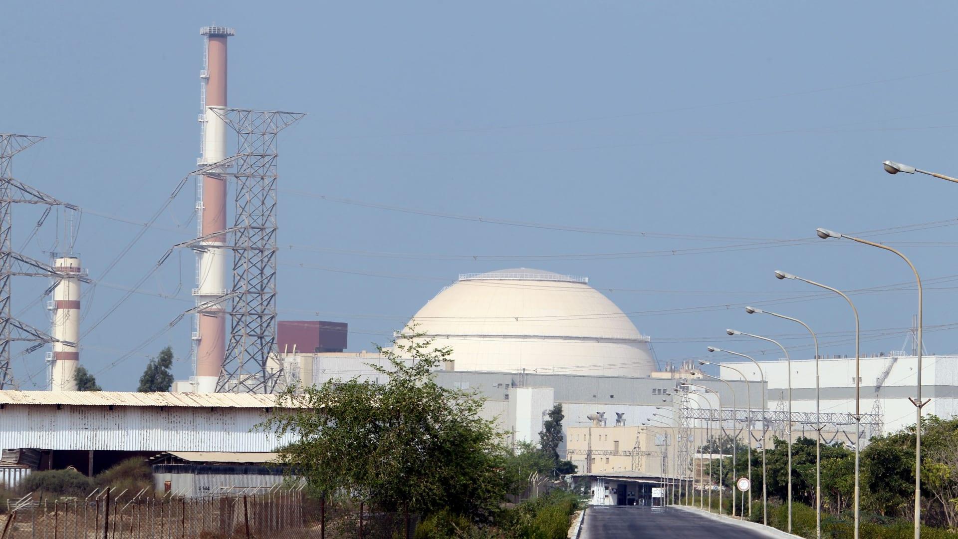مبنى المفاعل في محطة بوشهر للطاقة النووية في جنوب إيران