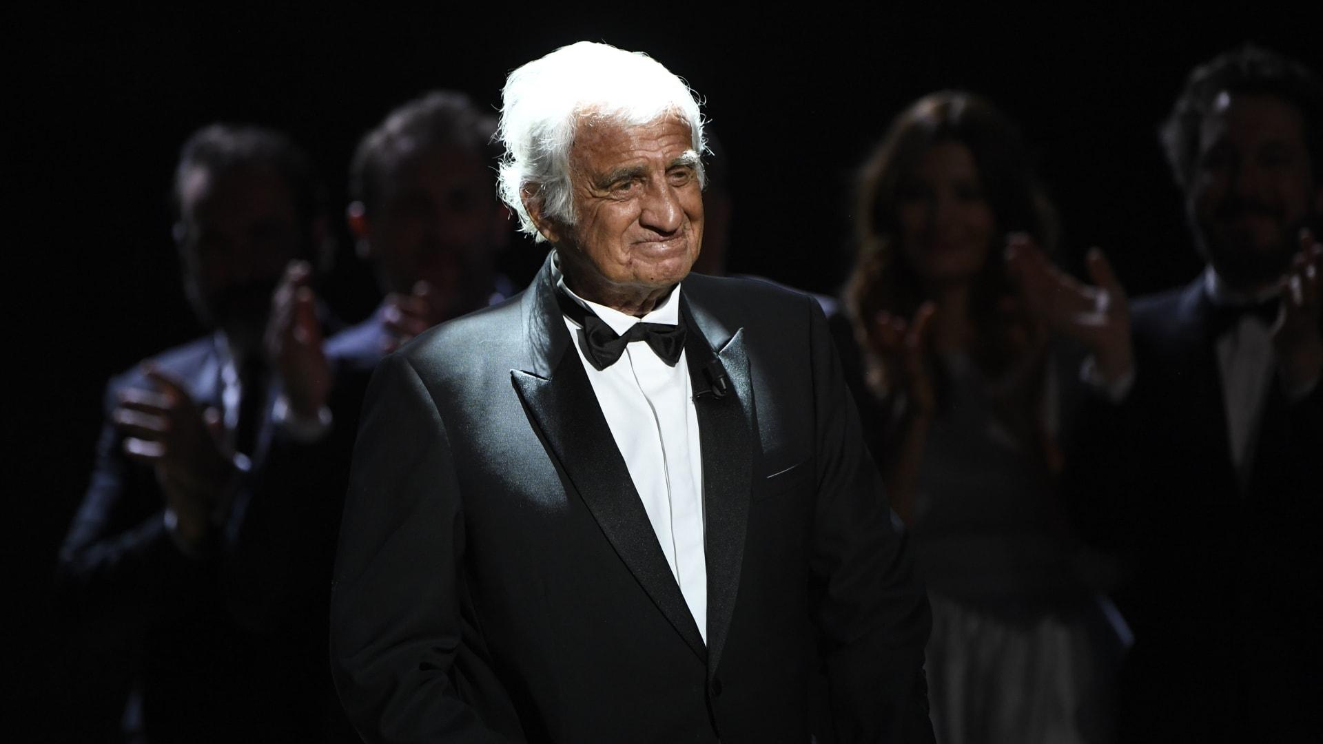 وفاة النجم الفرنسي جان بول بيلموندو.. وماكرون: فقدنا كنزًا وطنيًا