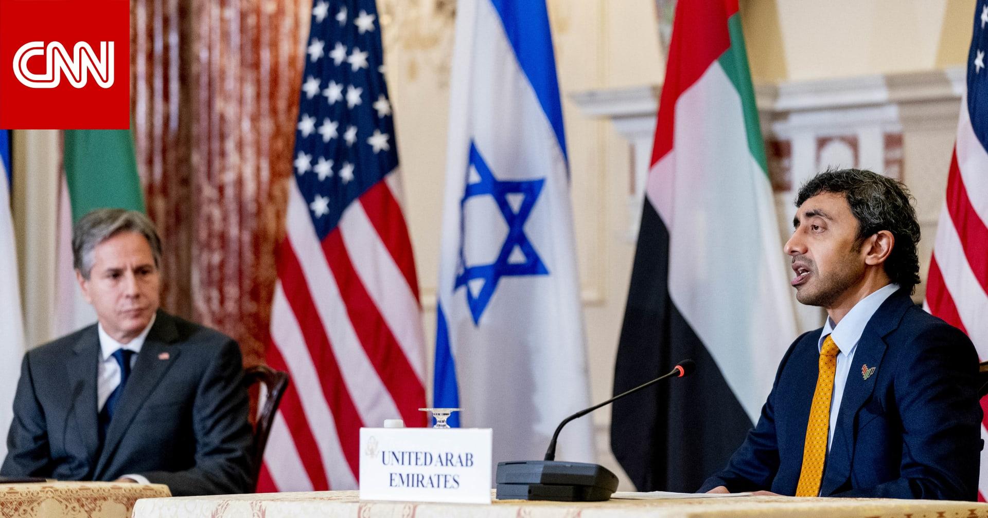 وزير خارجية الإمارات: لن نقبل بحزب الله جديد على حدود السعودية.. وأزور إسرائيل قريبًا