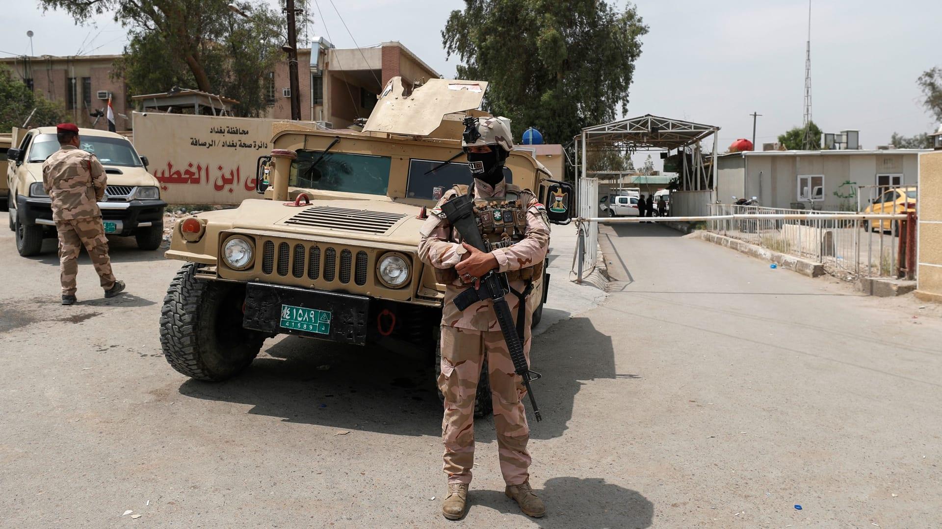 صيحات وألم.. مقتل 82 شخصاً على الأقل في حريق بمستشفى لمرضى كورونا في بغداد
