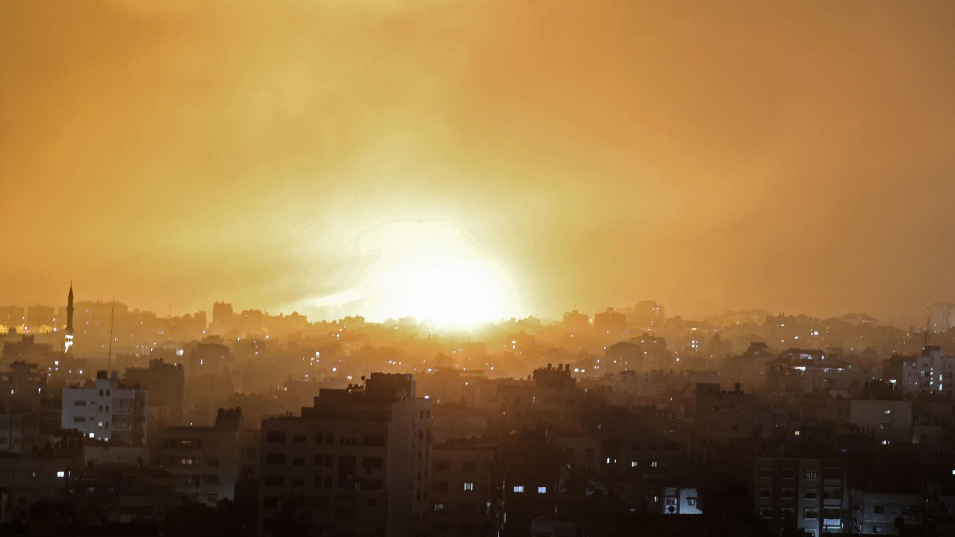شاهد.. ضربة إسرائيلية على غزة بأول أيام العيد