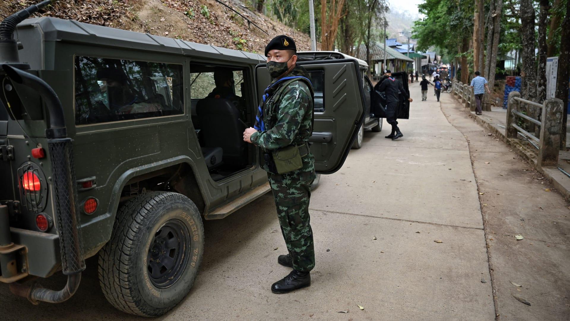 يمكن رؤيتها من تايلاند.. معارك بين جيش ميانمار والجماعات العرقية المسلحة