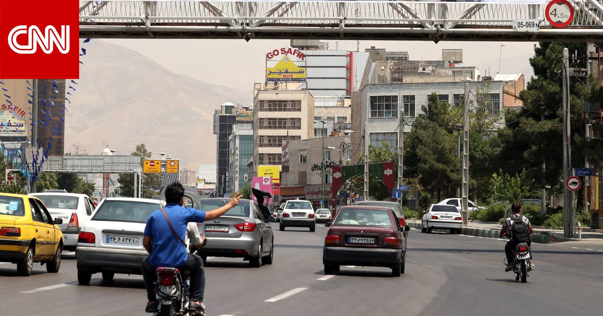 """احتجاجات إيران تنتقل إلى طهران.. وهتافات: """"الموت للجمهورية الإسلامية"""""""