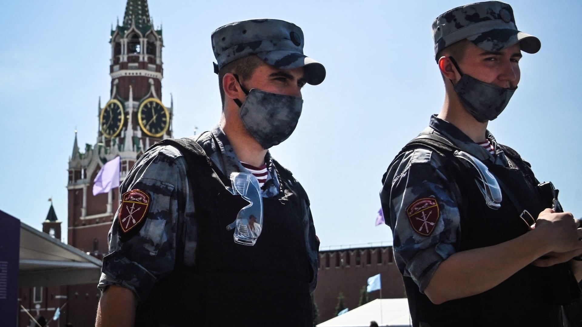 قتلى وجرحى بإطلاق نار داخل جامعة حكومية روسية.. والسلطات تعتقل الفاعل