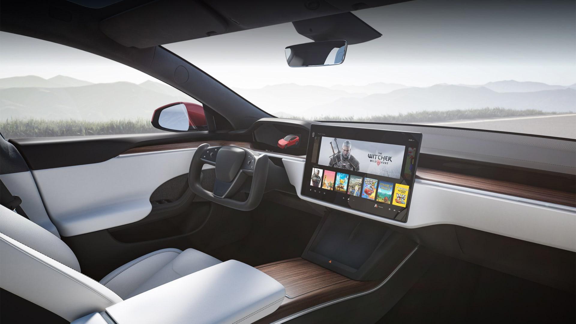 إيلون موسك يلغي تصنيع أغلى إصدار من سيارة موديل S