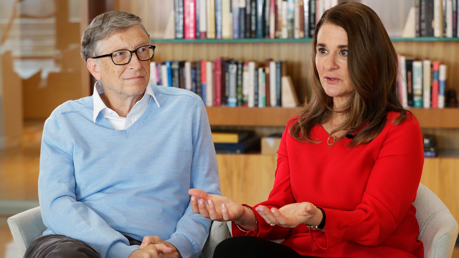 بيل غيتس وزوجته ميليندا يعلنان انفصالهما بعد زواج دام 27 عاماً