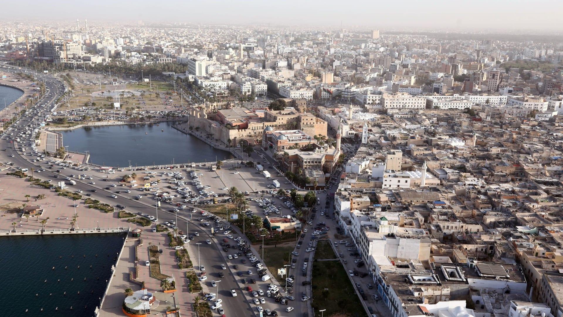 """افتاء ليبيا تدعو لمظاهرات الجمعة لإسقاط البرلمان """"الساقط شرعا"""""""