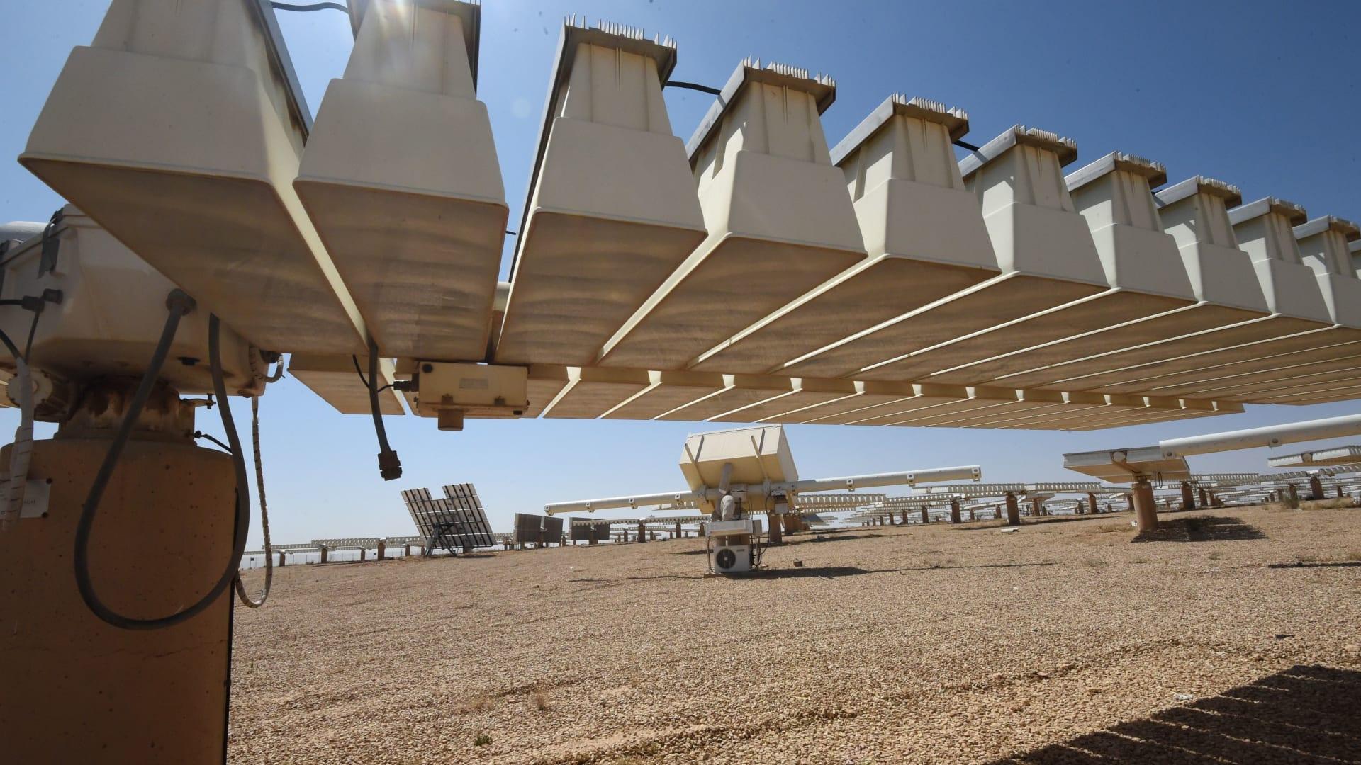 السعودية والكويت تبحثان التعاون في مجالات الطاقة المتعددة