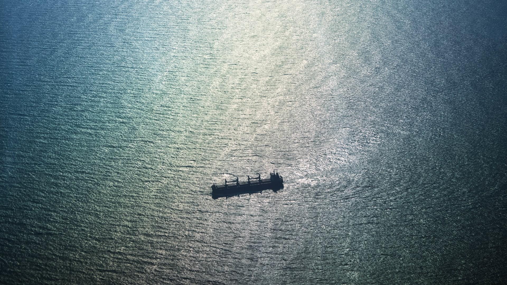 أول تعليق من الصين على دخول سفينتين حربيتين تابعتين لأمريكا وكندا إلى مضيق تايوان