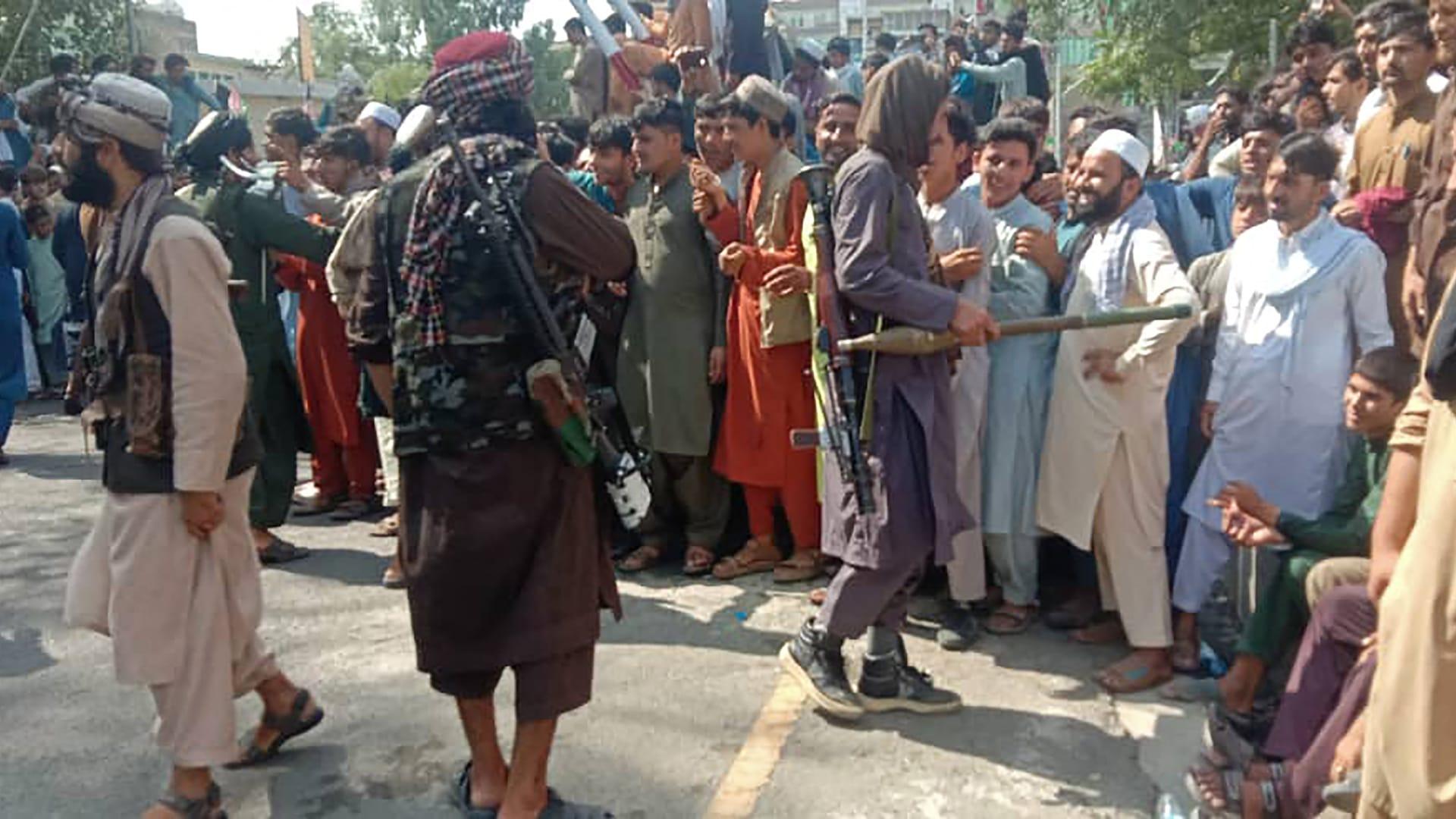 صورة لمقاتلي طالبان في شوارع العاصمة الأفغانية كابل