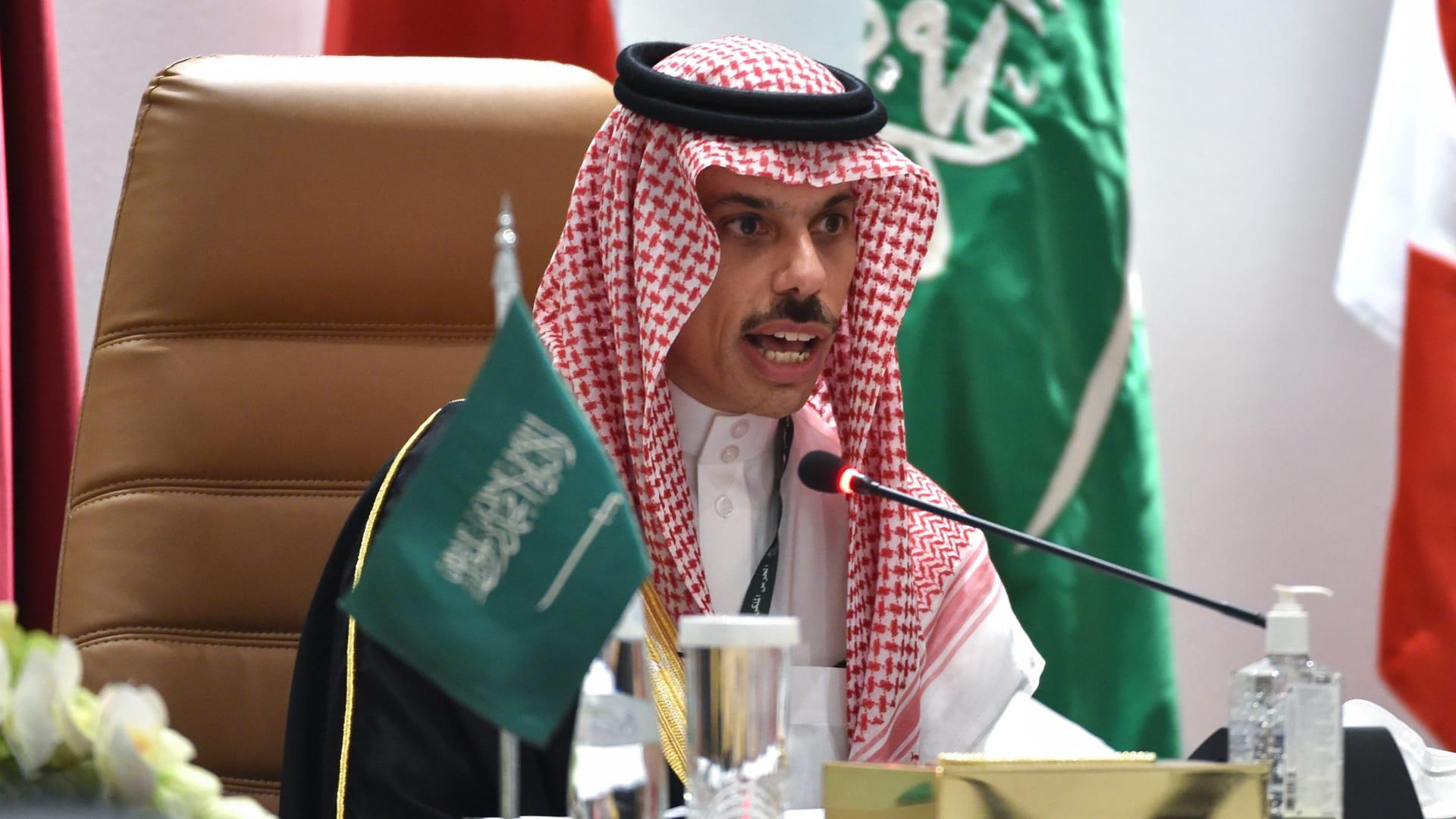 إيران ترد على وزير خارجية السعودية ومهاجمته أنشطة طهران