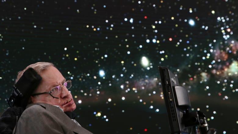 ماذا كانت آمال الفيزيائي الشهير ستيفن هوكينغ للبشرية؟