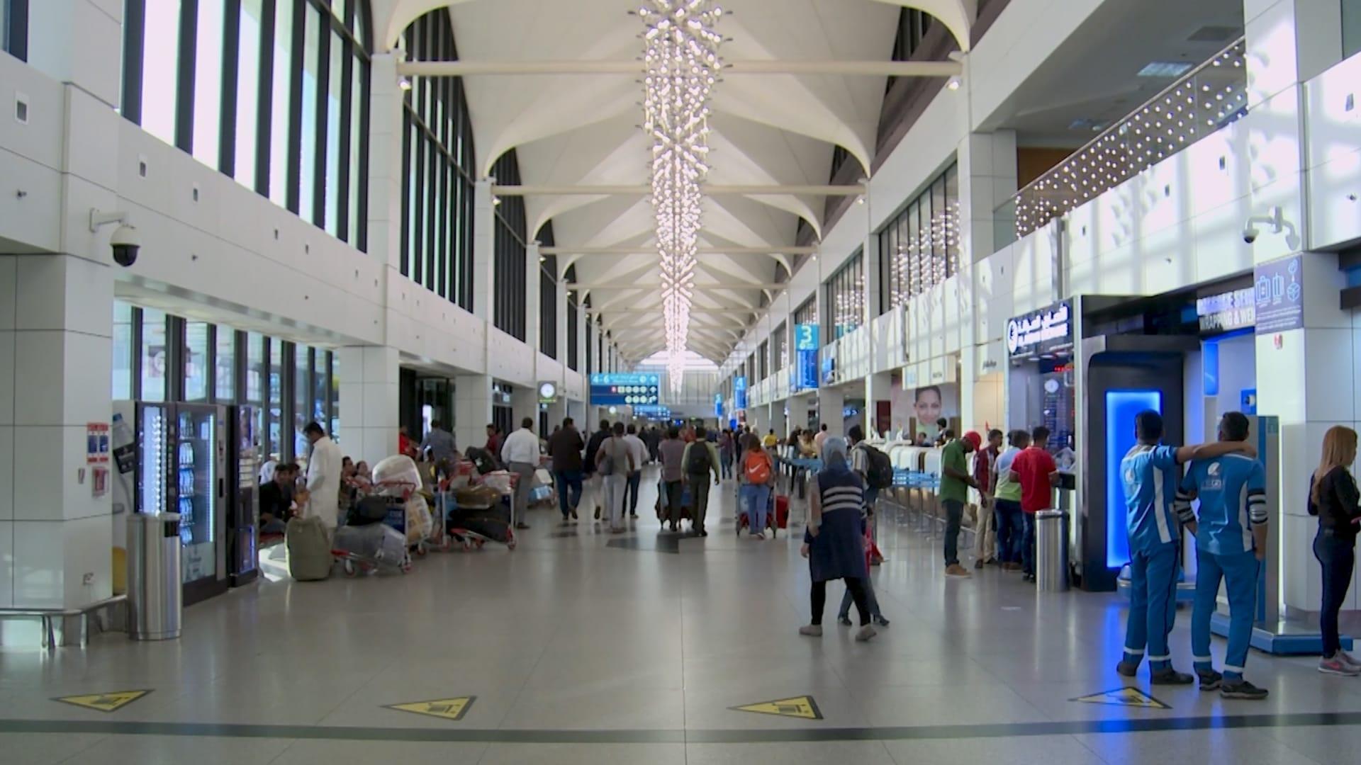 شاهد كيف يبدو أكثر المطارات ازدحامًا في العالم مع إعادة افتتاحه في دبي